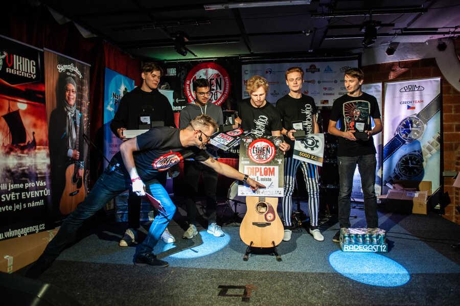 Mladá kapela Coincidence je vítězem letošní Líhně