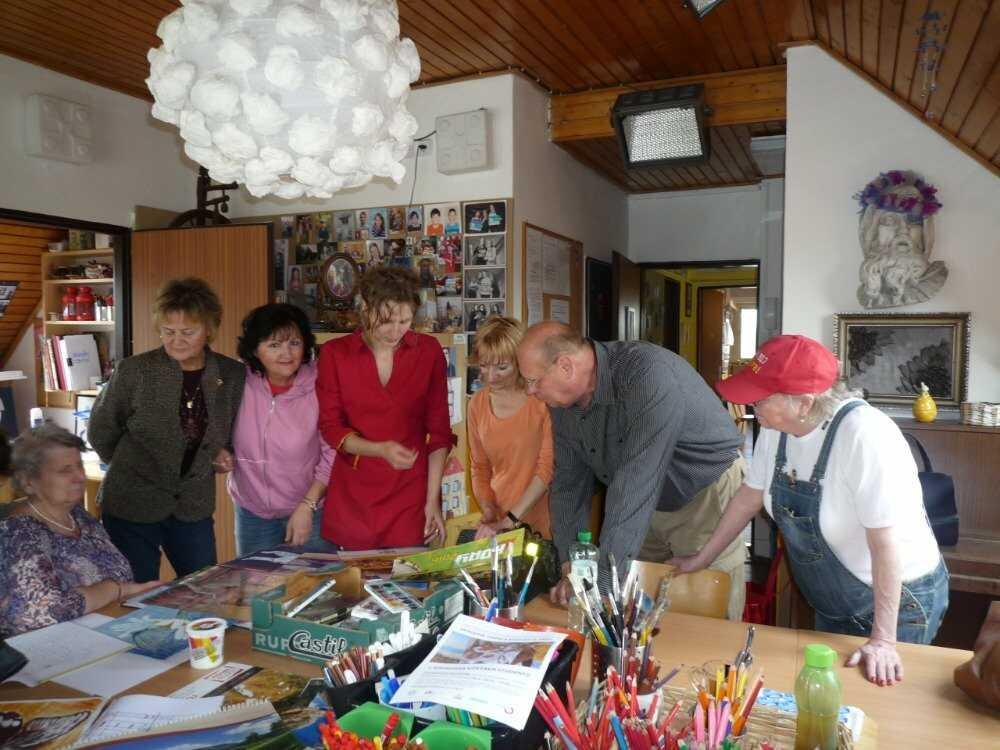 Z tvůrčího života našich akademiků: Krásné obrazy i milá setkání